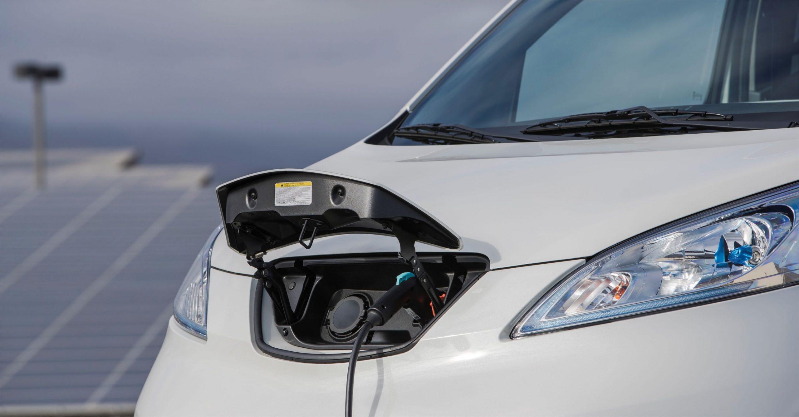 guida Nissan e-NV200
