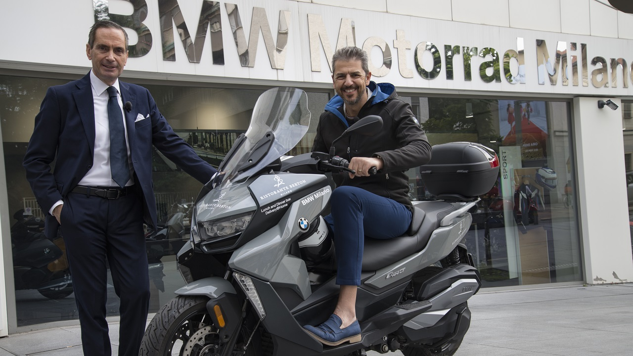 BMW Milano e lo chef Andrea Berton insieme per le consegne a domicilio thumbnail