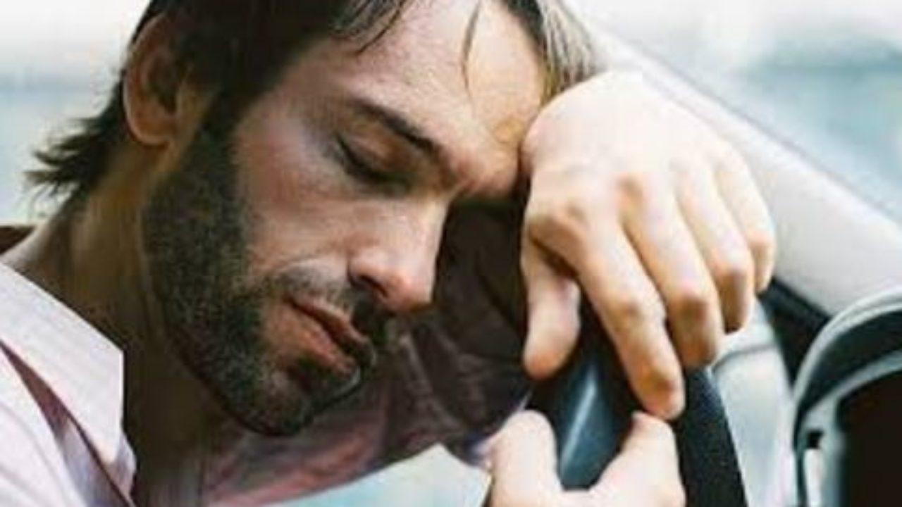 Il pisolino, un alleato essenziale contro la stanchezza nei lunghi viaggi thumbnail