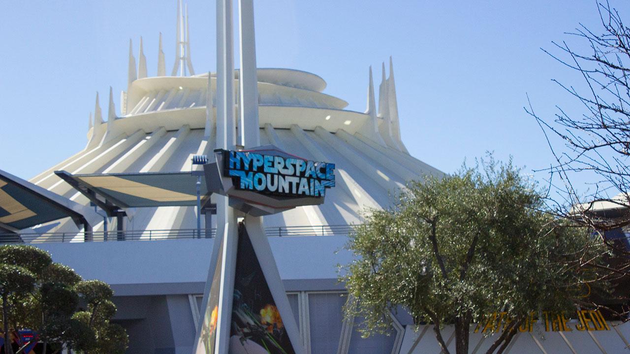 Disneyland-Space-Mountain