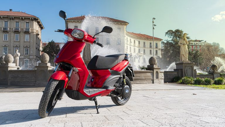 FD Motors scooter
