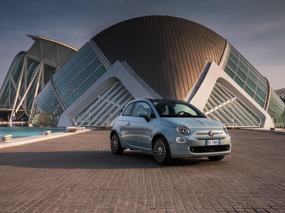 Huawei AppGallery vi regala una Fiat 500 Hybrid Launch Edition thumbnail