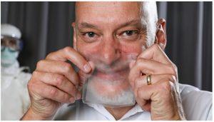 Hello Mask, la mascherina trasparente che mostra le espressioni facciali Un team di ricercatori svizzeri ha ideato una mascherina trasparente che protegge dal virus ma permette di vedere il viso di chi la indossa