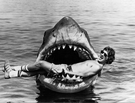 Lo squalo bruce con steven spielberg