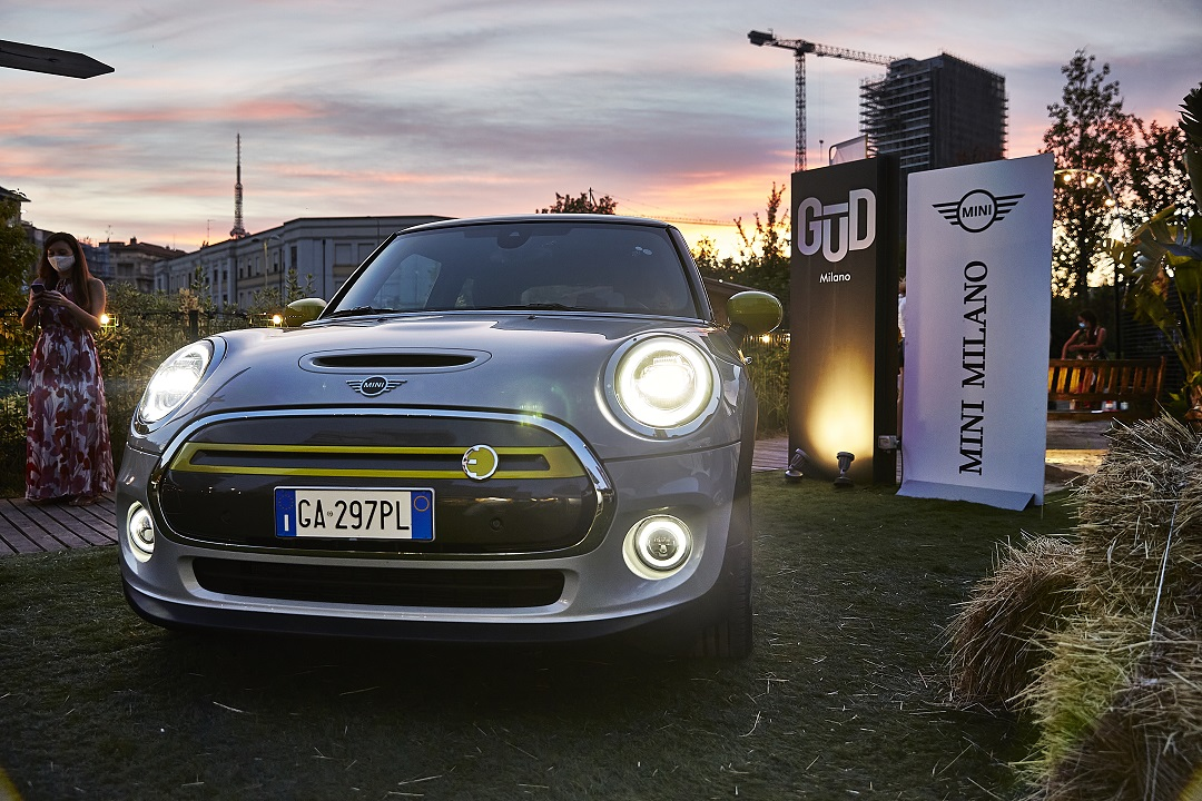 MINI Full Electric: la city car protagonista di una serata evento thumbnail