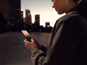 MTS-Motorola-Edge-+-smartphone-5G-Tech-Princess