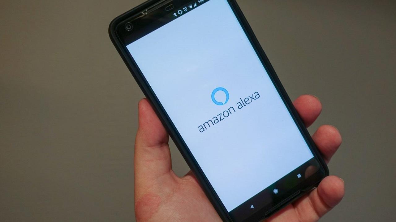 Alexa potrà gestire le app degli smartphone Android e iOS thumbnail