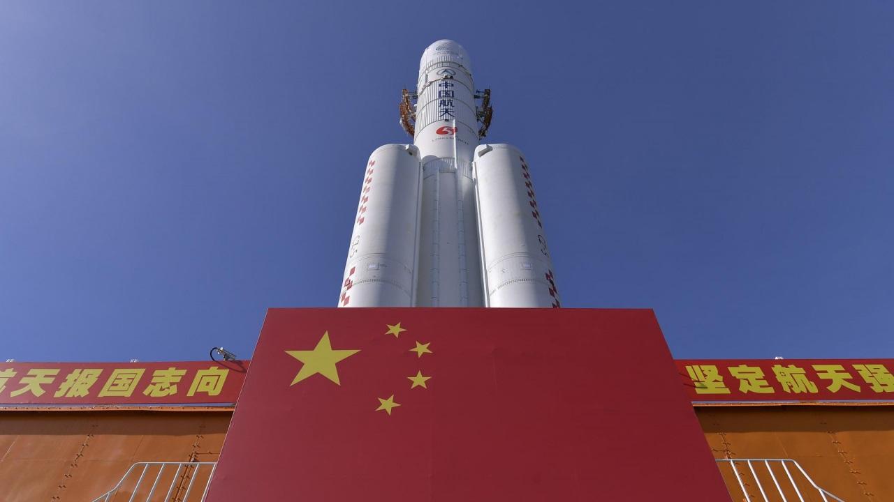 La Cina lancia la sua prima sonda per esplorare Marte thumbnail