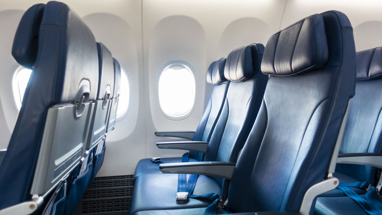 Il distanziamento sociale in aereo è inutile? thumbnail