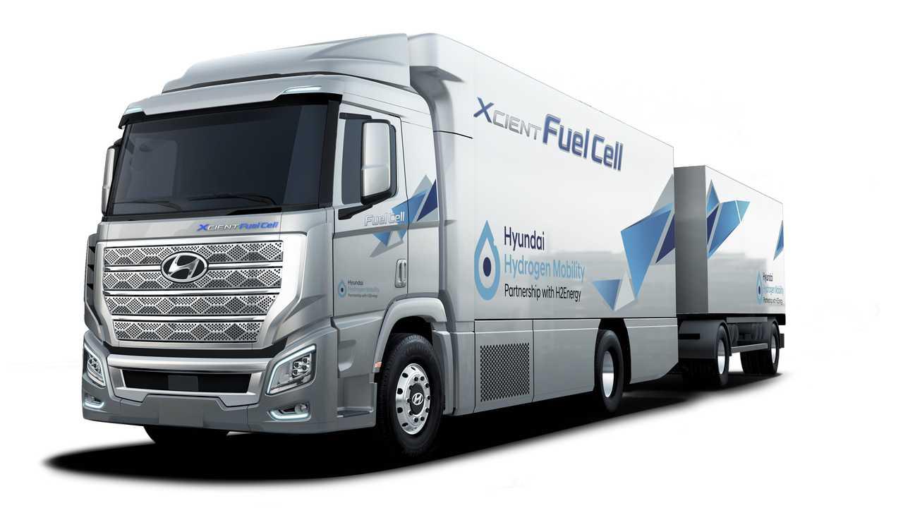 Hyundai Xcient Fuel Cell: ecco il primo camion a idrogeno thumbnail