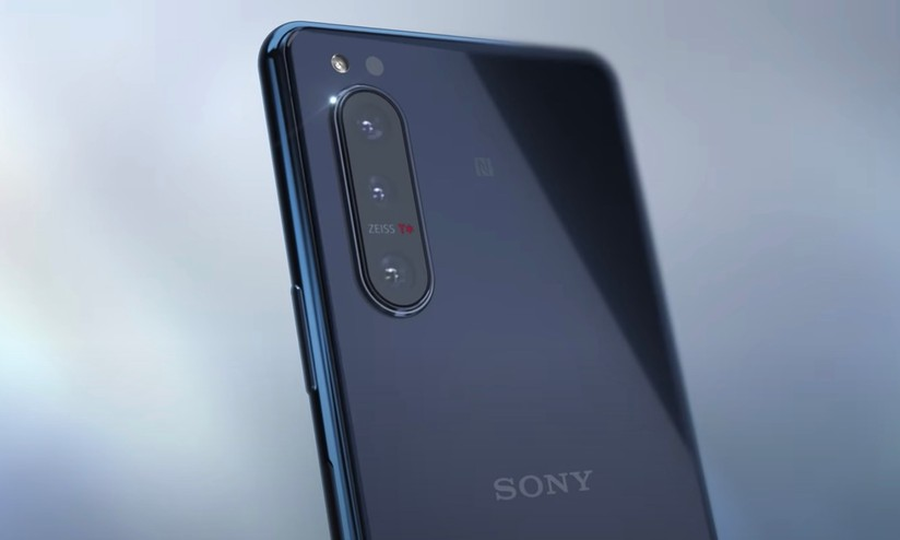 Xperia 5 II: ecco in anteprima i dettagli del più piccolo dispositivo di Sony thumbnail