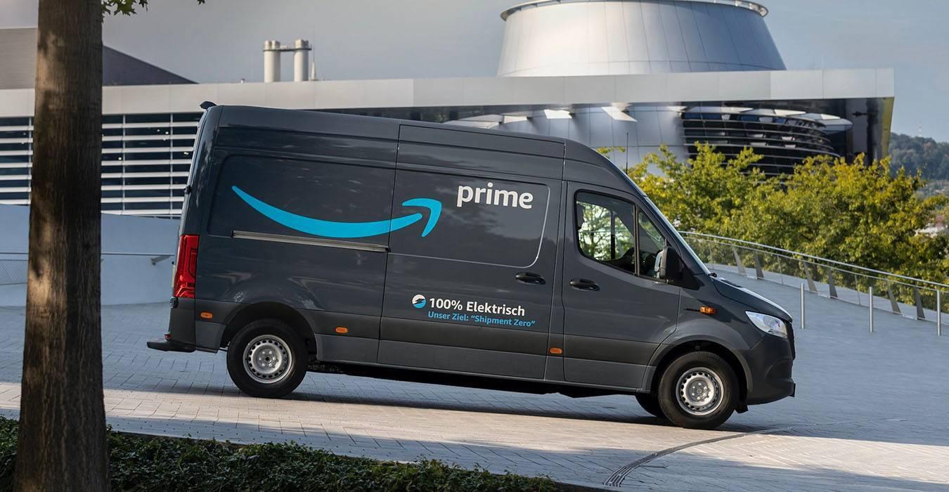 Amazon ha scelto i furgoni elettrici di Mercedes-Benz thumbnail
