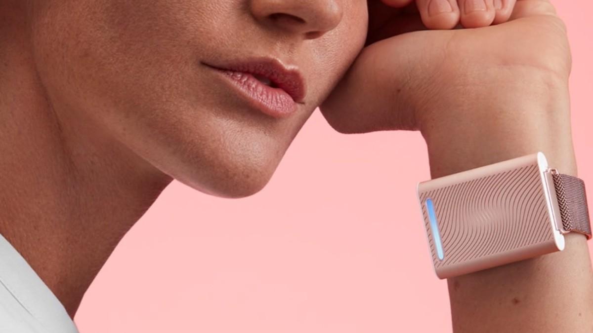 Aria condizionata da indossare: come la tecnologia ci aiuta contro il caldo thumbnail