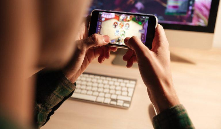 PopSocket, l'accessorio per smartphone che non sapevi di desiderare