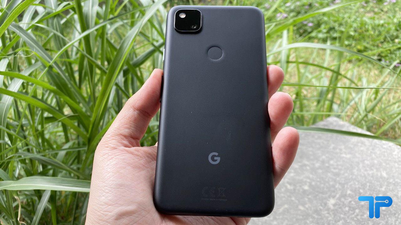 Google Pixel 4a recensione design