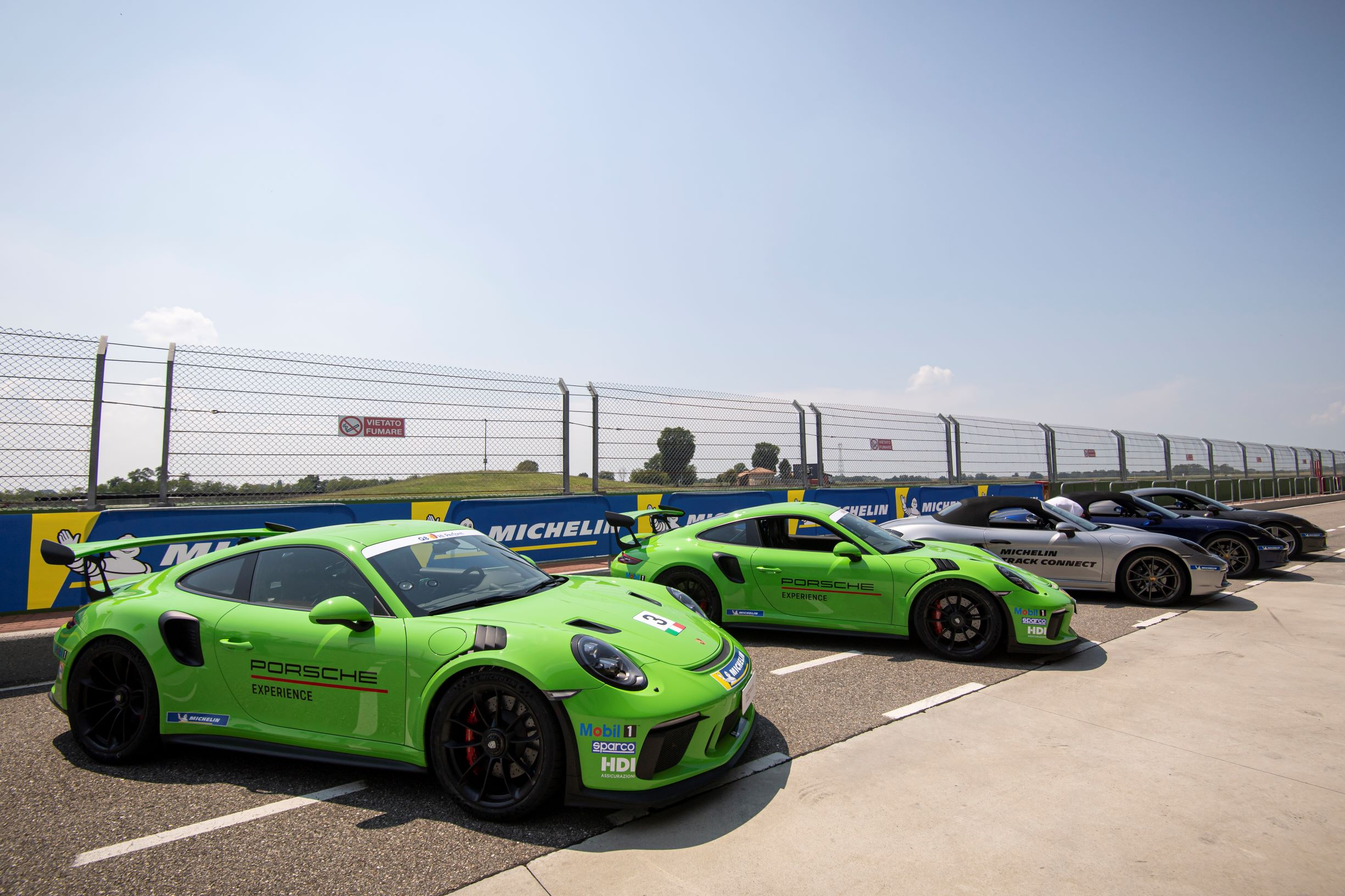 Michelin Pilot Sport Cup 2 Connect GT3 RS in fila
