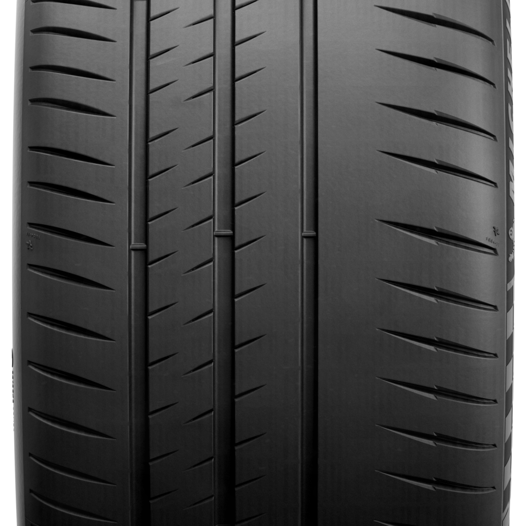 Michelin-Pilot-Sport-Cup2-Connect8-1024x1024