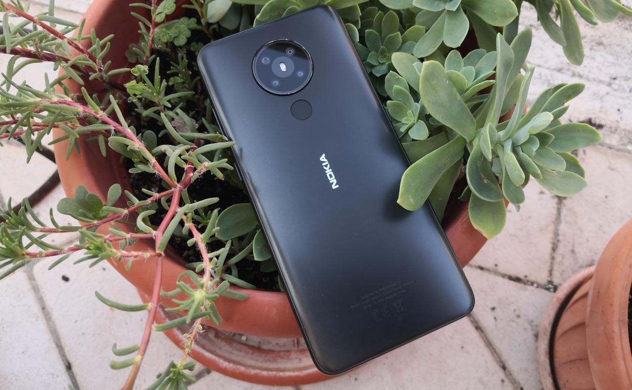 Nokia 5.3 recensione: semplicemente semplice, nel bene e nel male thumbnail