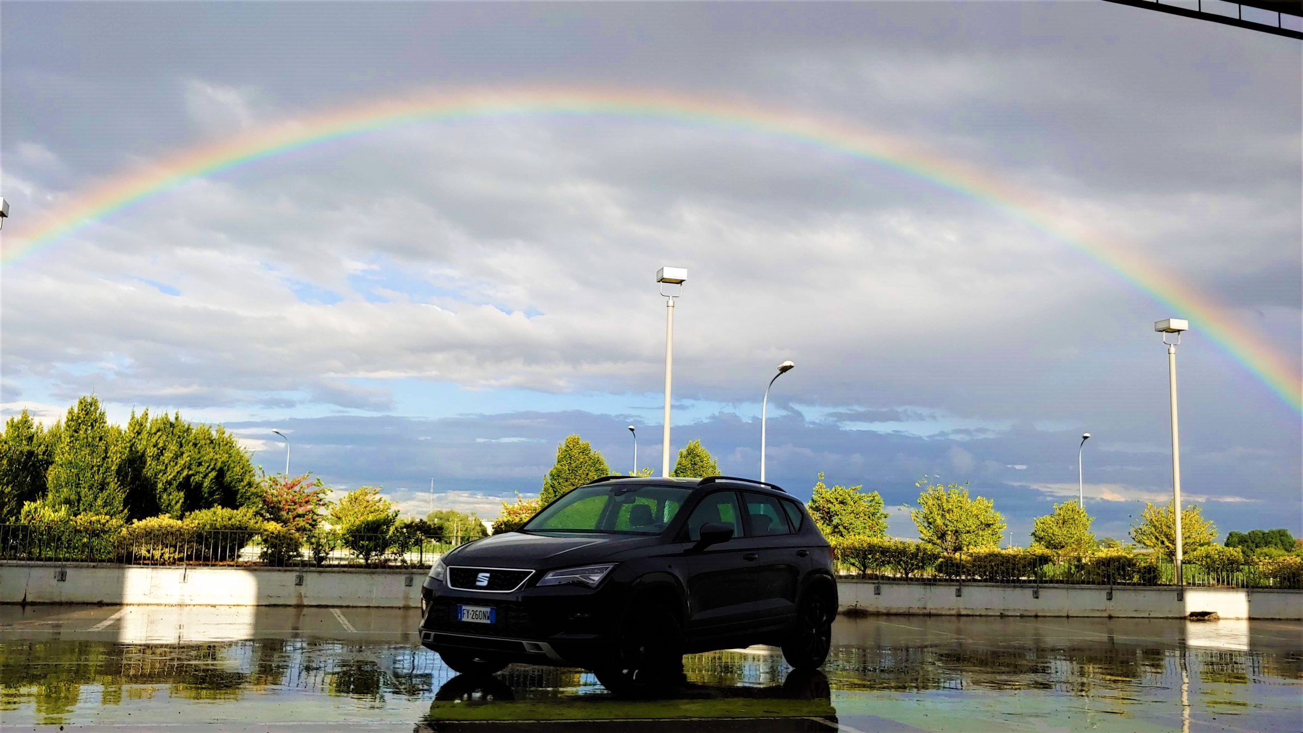 SEAT Ateca arcobaleno orizzontale