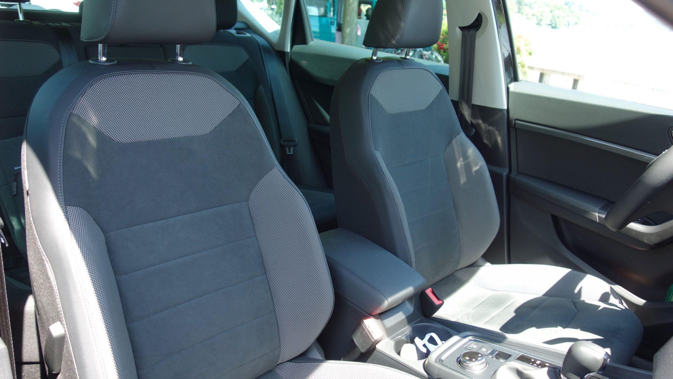 SEAT Ateca sedili anteriori
