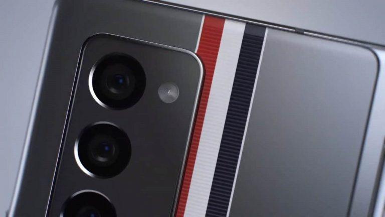 Galaxy Z Fold 2 Thom Browne nuovo