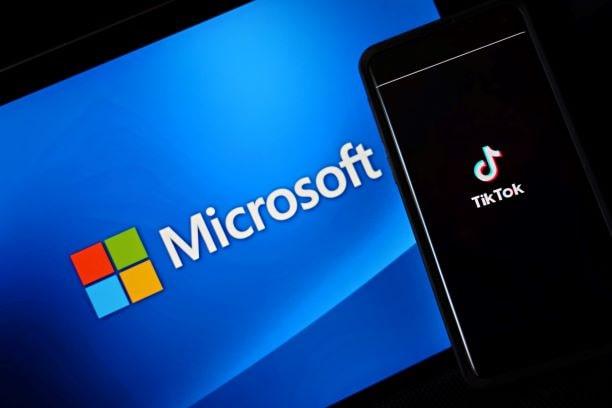 """Se Microsoft vuole comprare TikTok, deve una """"parte del prezzo"""" all'amministrazione Trump thumbnail"""