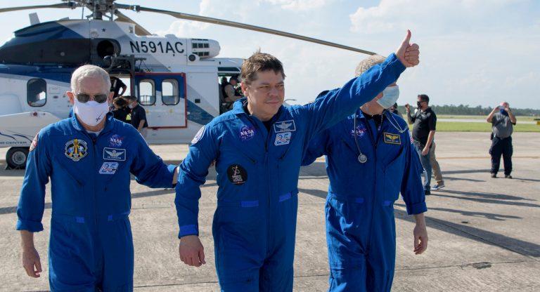 astronauti NASA SpaceX crew Dragon