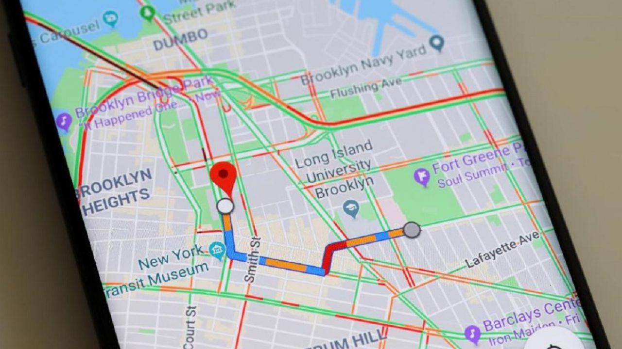 Google Maps: dopo l'ultimo aggiornamento segnala anche i semafori rossi thumbnail