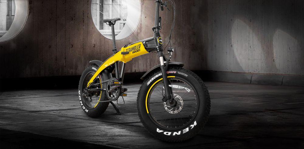 Ducati Scrambler SCR-E, ecco le e-bike pieghevoli della casa bolognese thumbnail