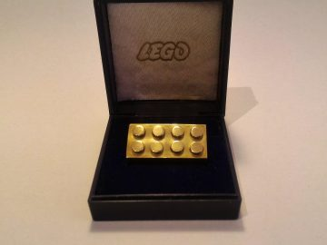 lego d'oro mattoncino