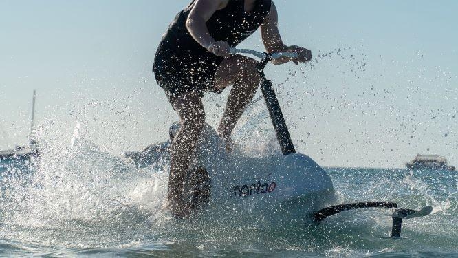 manta5 bici acquatica
