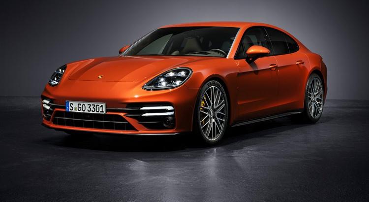 Porsche Panamera, con il restyling aumenta anche la potenza thumbnail