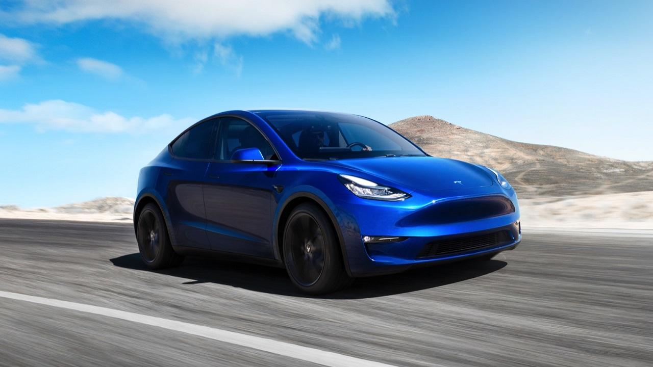 Tesla Model Y: in arrivo la versione Long Range a trazione posteriore thumbnail