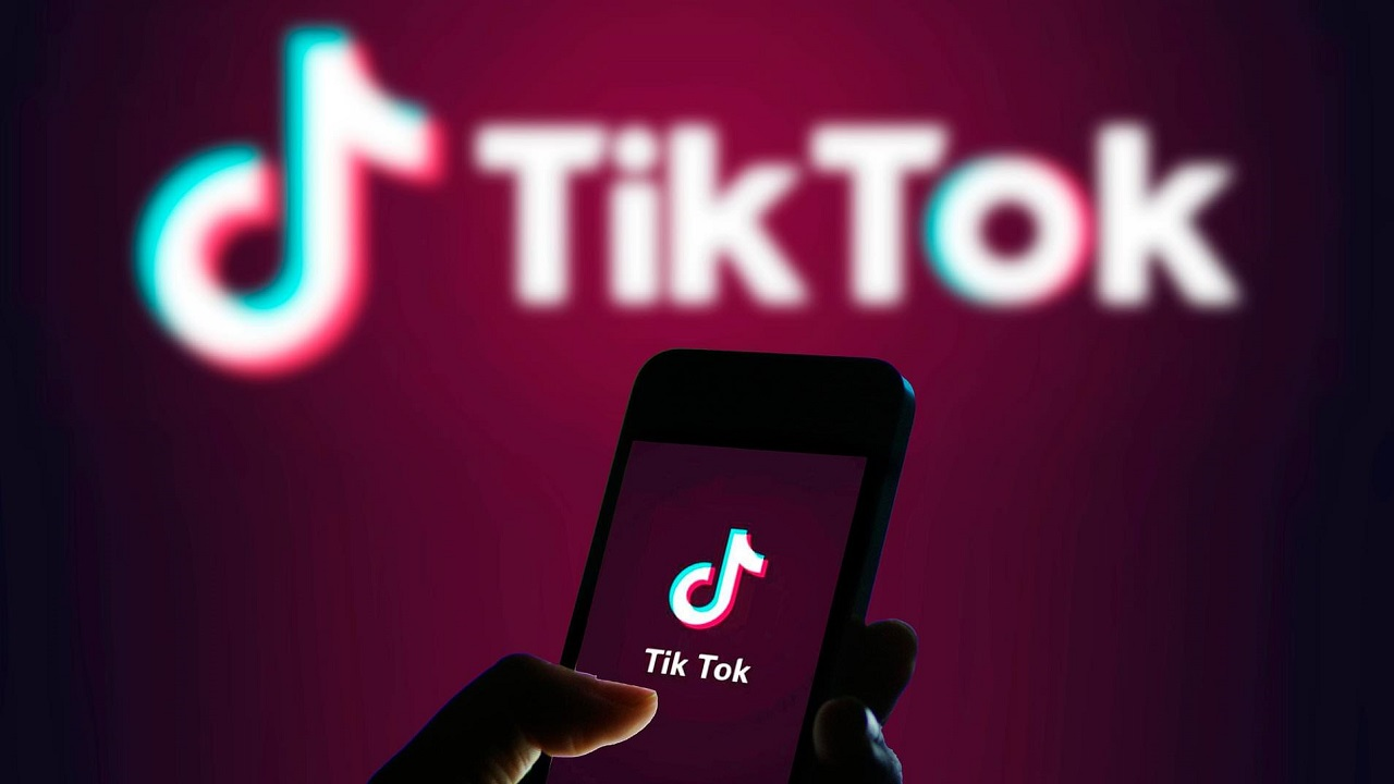 TikTok spiava gli utenti Android violando le regole di Google thumbnail