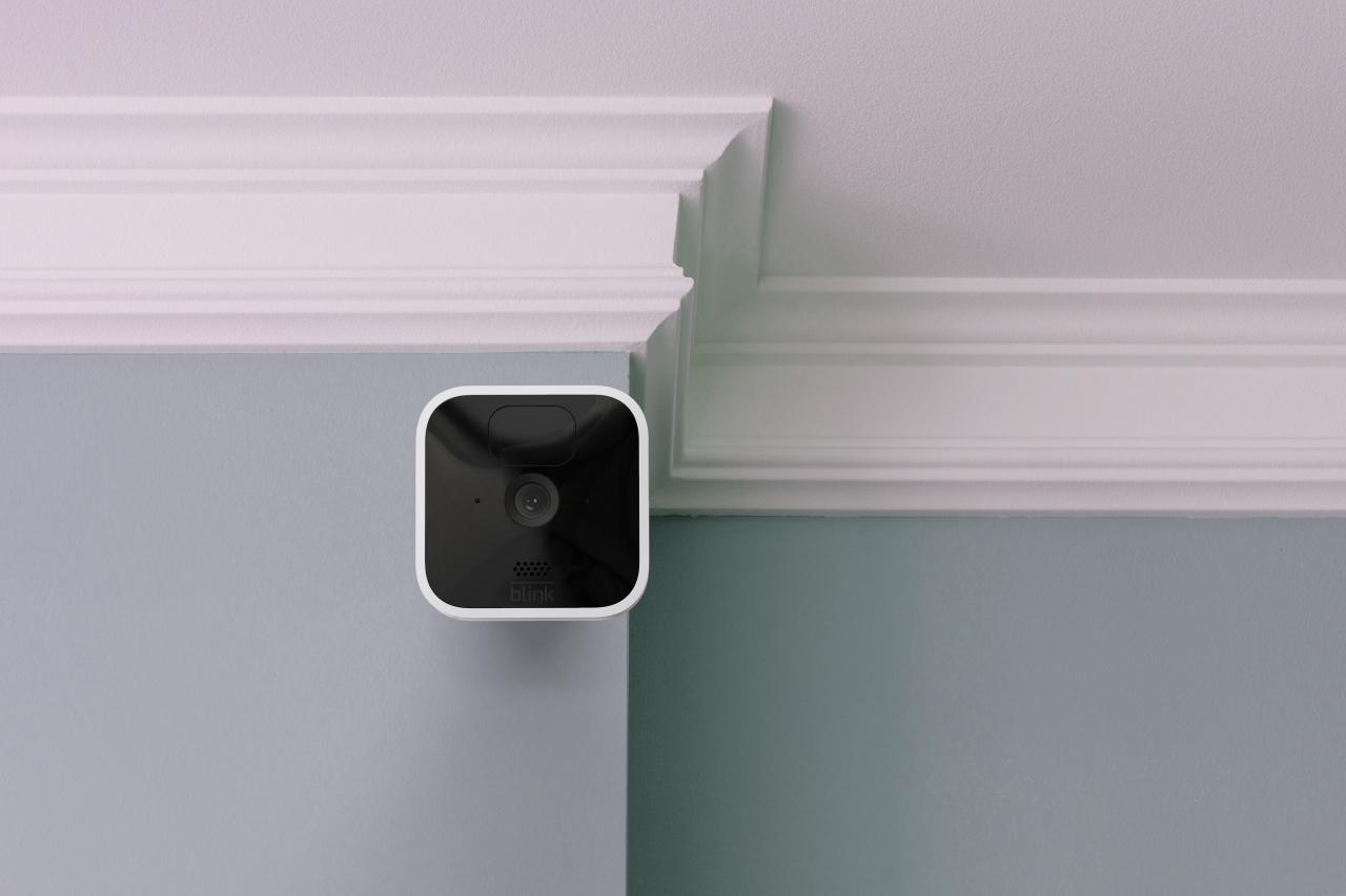 Blink Outdoor e Indoor: Amazon lancia nuove telecamere di sicurezza thumbnail