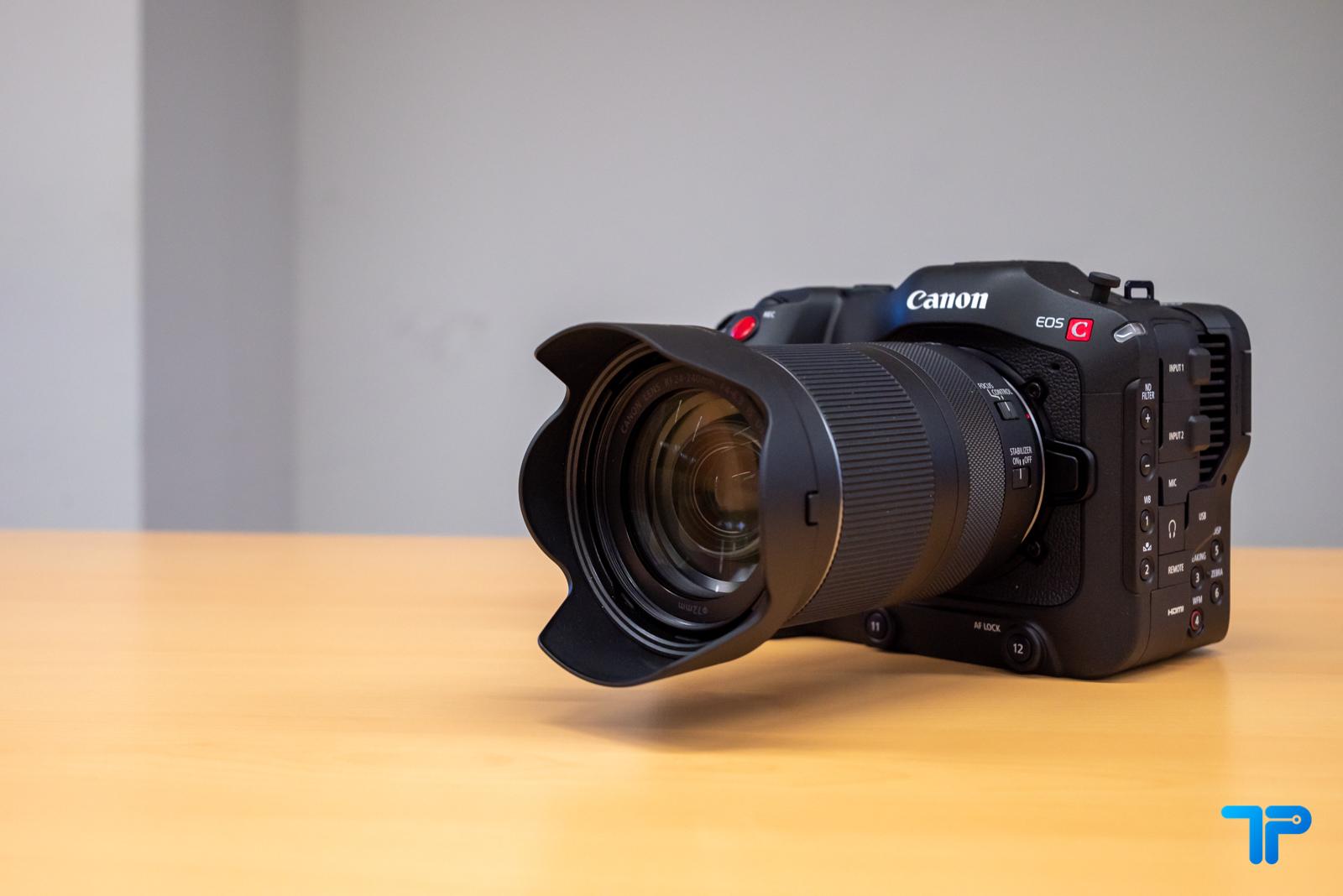 Canon EOS C70: la prima videocamera con innesto RF thumbnail