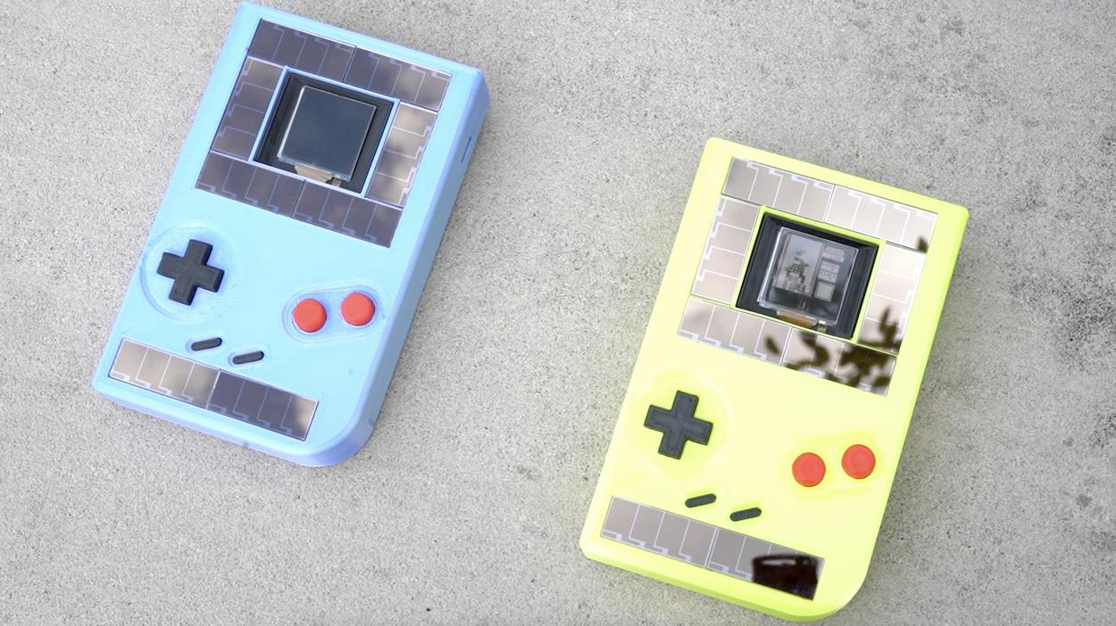 Un Game Boy senza batterie alimentato dalla forza dei tuoi pollici thumbnail