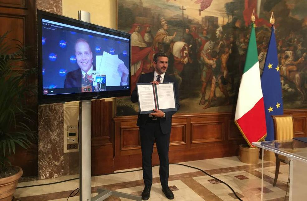 Italia NASA USA Luna accordo