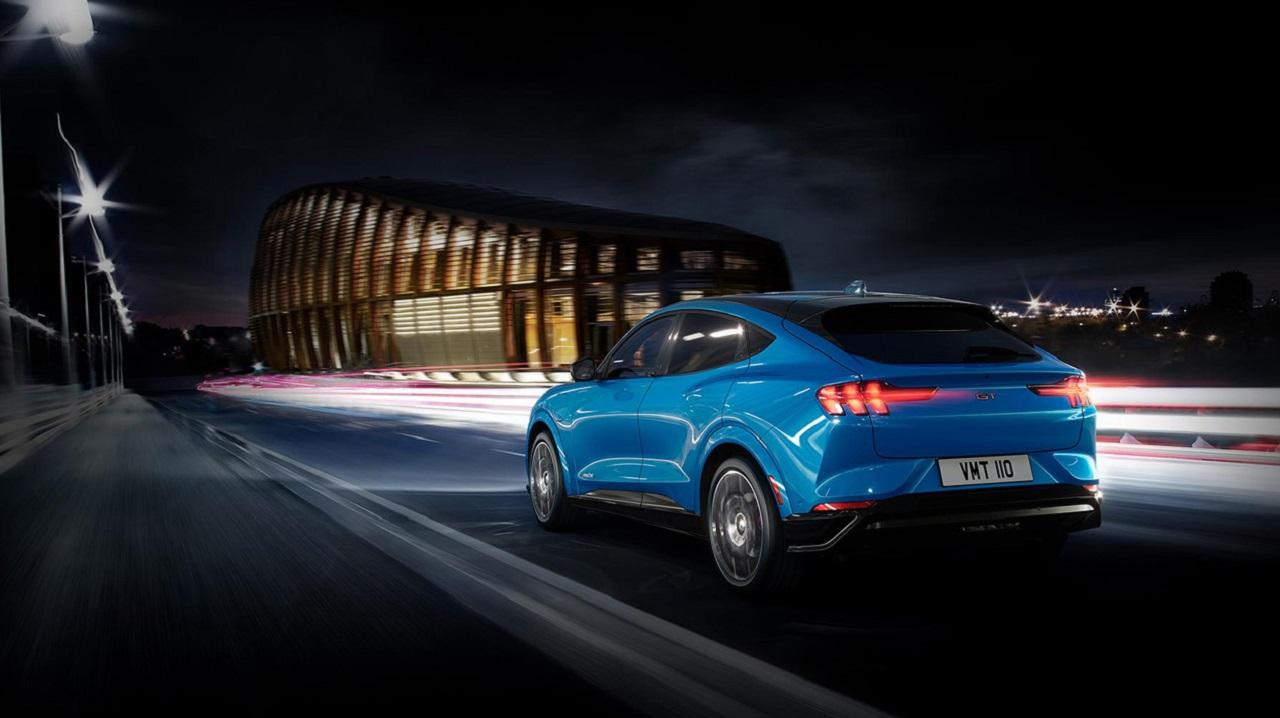 Ford Mustang Mach-E: l'esperienza di guida adatta ai clienti europei thumbnail