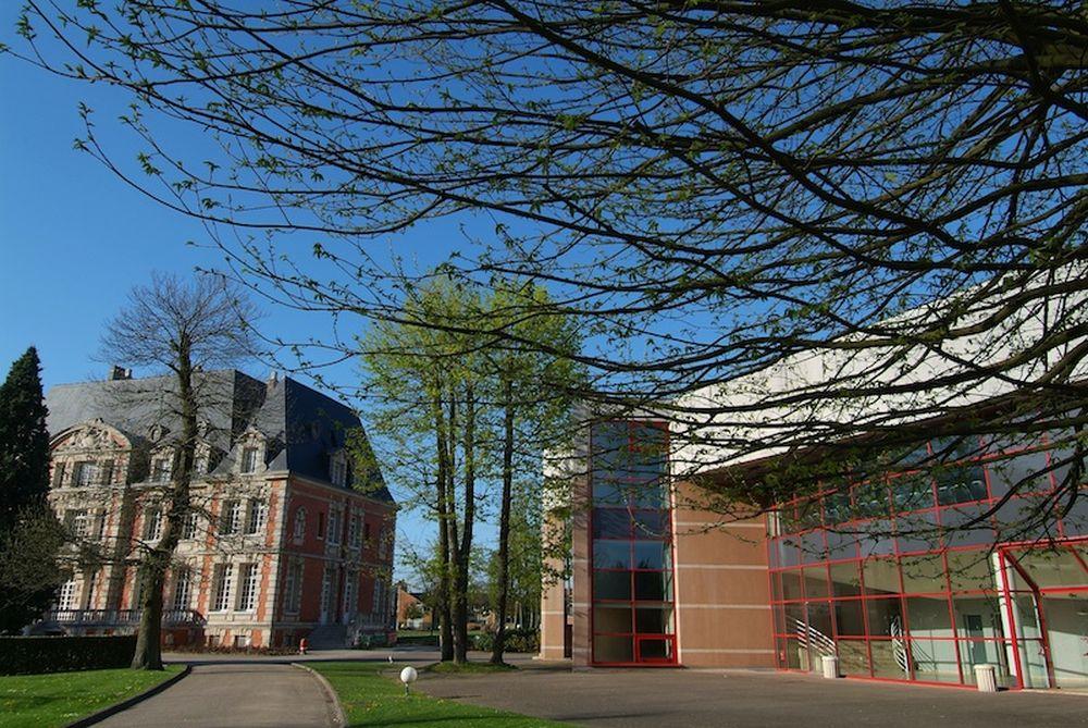 NEOMA Business School apre il primo campus digitale in Europa thumbnail