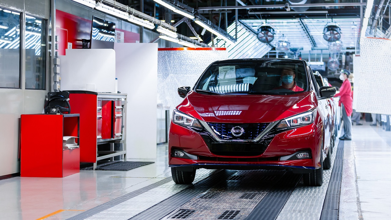 Nissan Leaf: raggiunto il traguardo delle 500 mila unità prodotte thumbnail