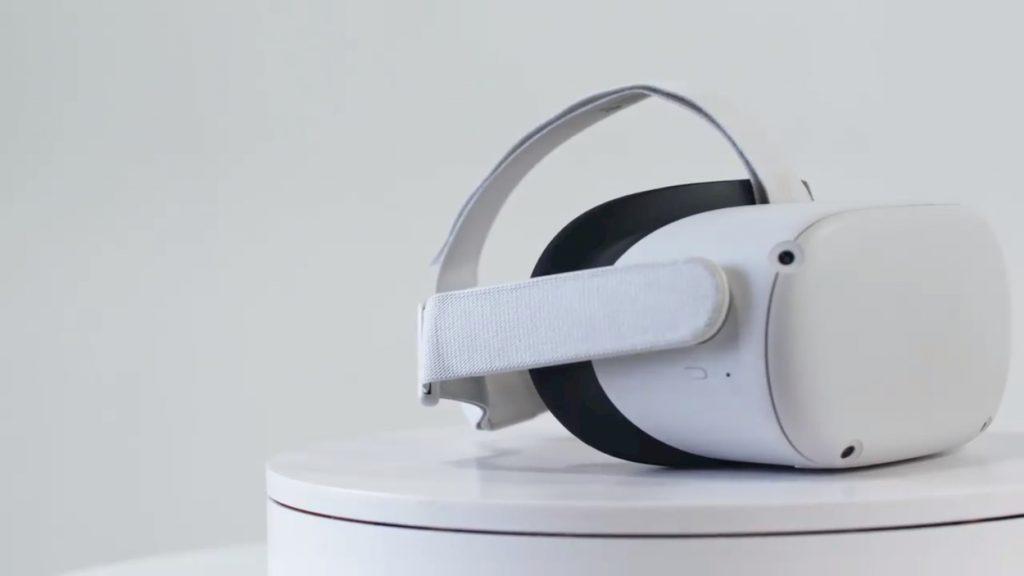 Oculus Quest 2 Facebook copertina