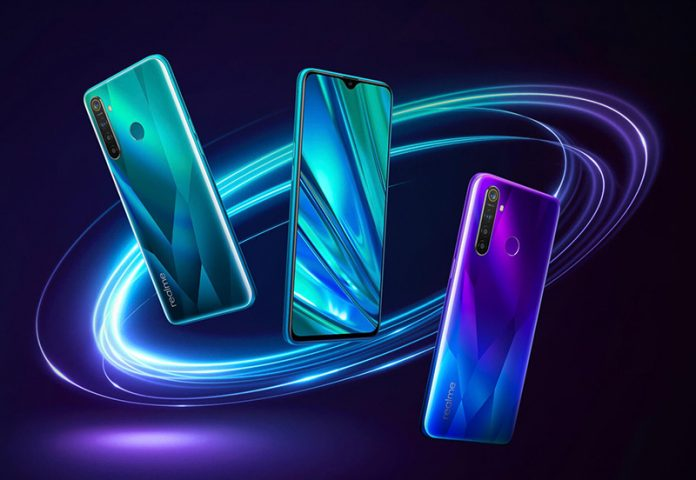 Manca poco al lancio del nuovo smartphone della serie Q di Realme thumbnail
