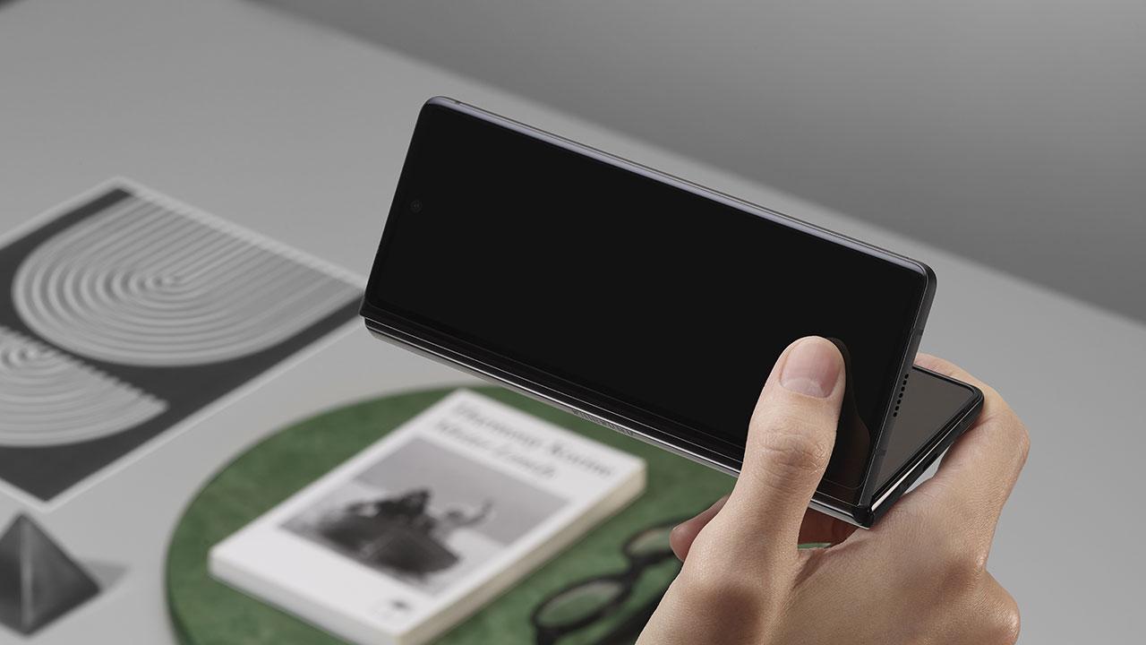 Samsung-Galaxy-Z-Fold-2