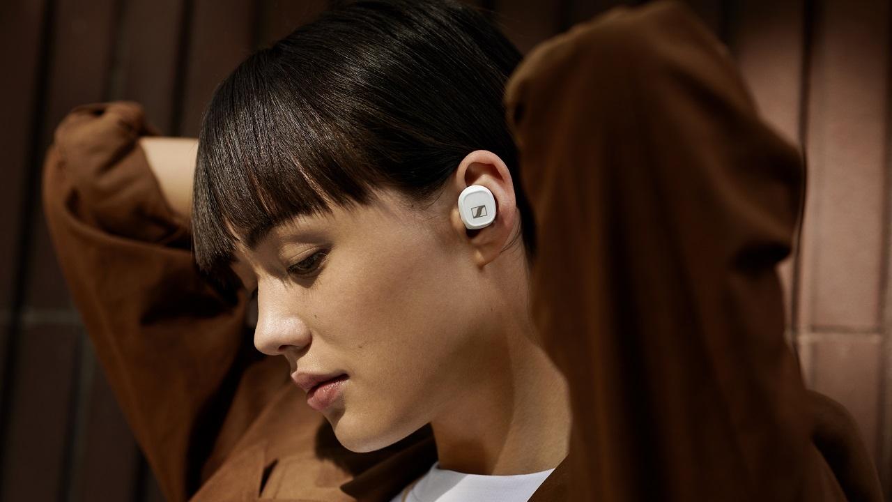 Sennheiser presenta ufficialmente delle nuove cuffie true wireless thumbnail