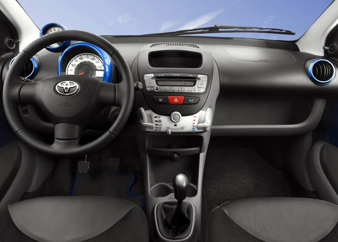 Toyota Aygo interni
