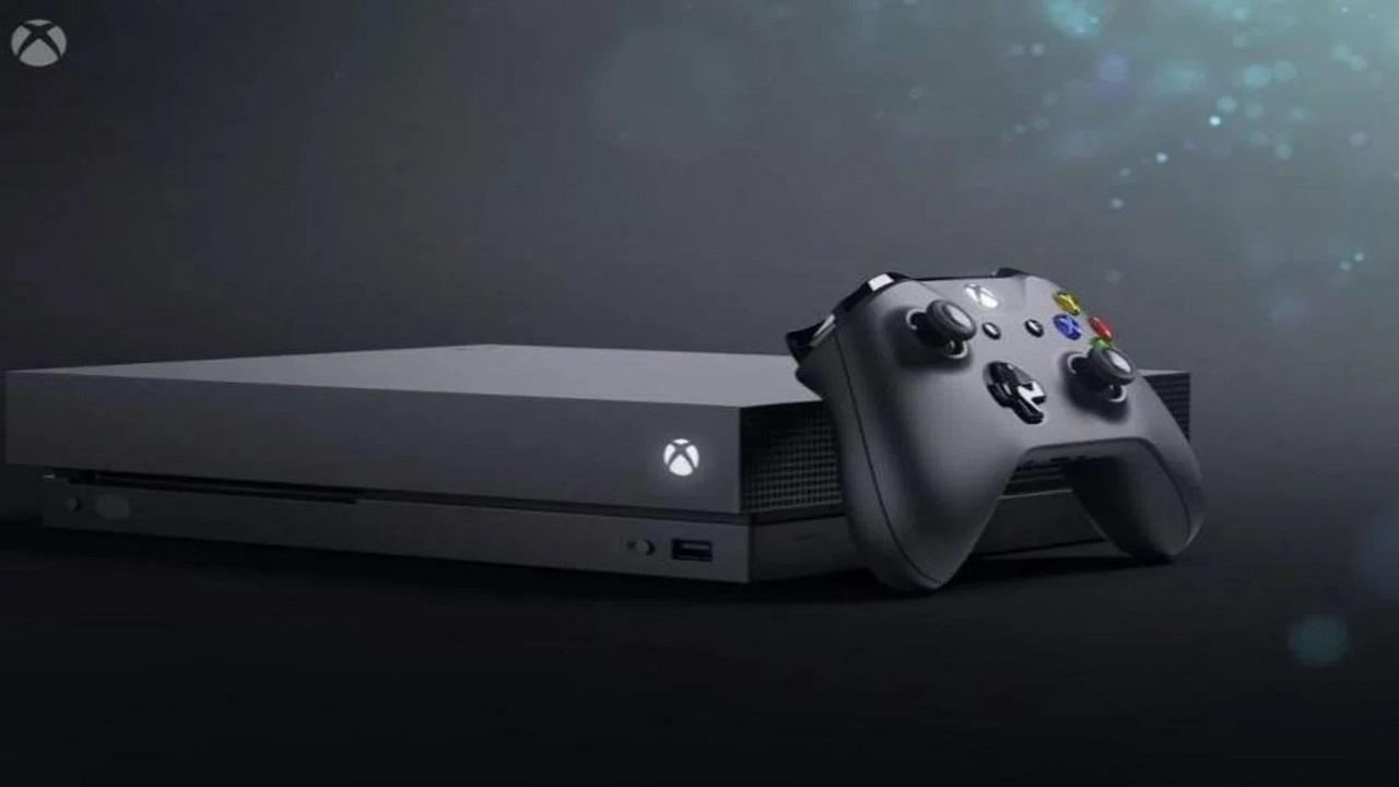 Tutti comprano la vecchia Xbox scambiandola per quella nuova thumbnail