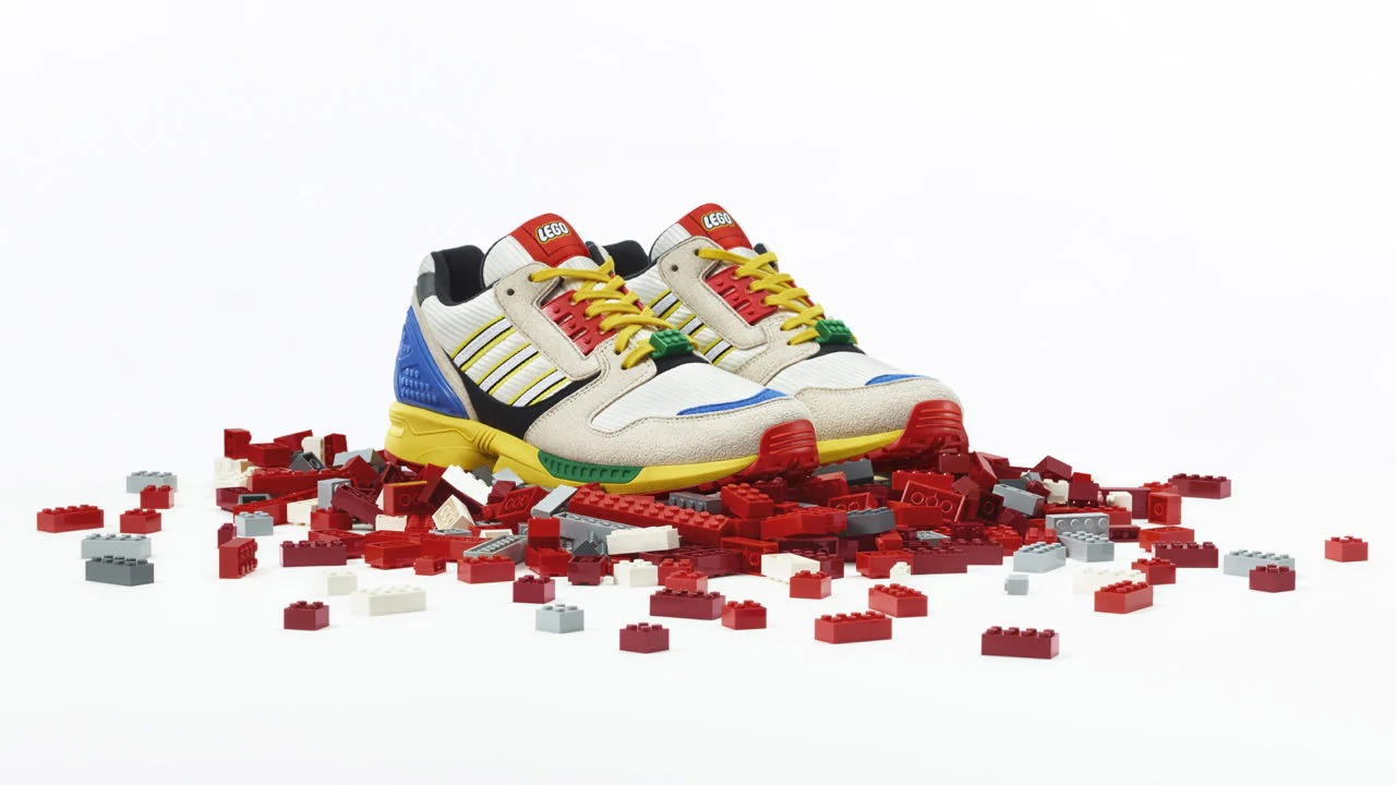 LEGO e Adidas Originals presentano un'edizione speciale di ZX 8000 thumbnail