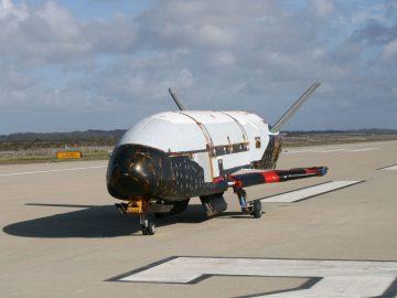 astronave sperimentale riutilizzabile Cina US X-37B Boeing