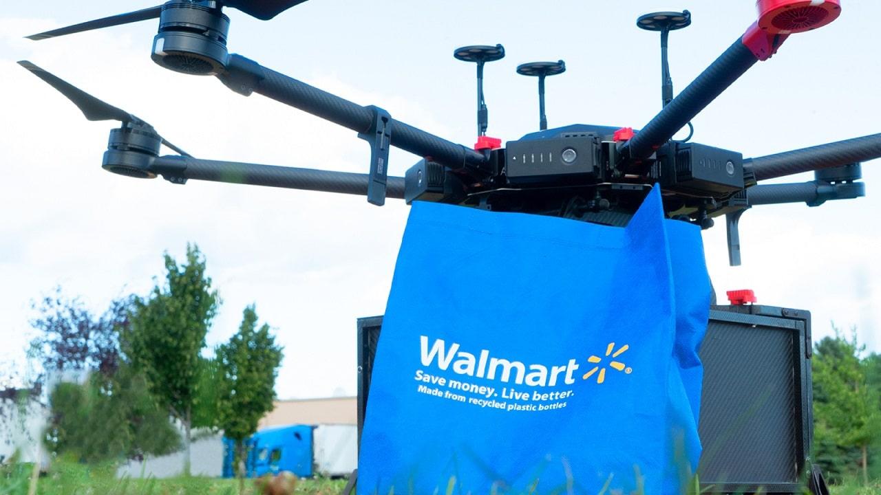 Negli Stati Uniti Walmart consegna la spesa con i droni thumbnail